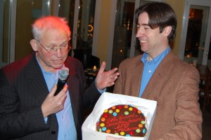 11 januari 2009: Job Lisman (r.) ontvangt de LinkedIn most shared Connections Award ( foto Jan Zandbergen